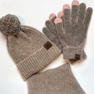 Beige/Pink Winter set - Hat, Gloves and Scarf